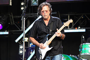 English: The legendary Eric Clapton playing li...