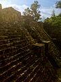 Escalinata de Piramide de Teopanzolco 2.jpg