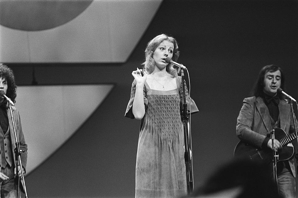 Eurovisie Songfestival 76 Den Haag Ambasadori (Joegoslavie), Bestanddeelnr 928-5016