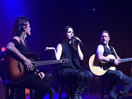 Evanescence's Amy Lee, Jen Majura and Troy McClawhorn performing at the Ruth Eckerd Hall.jpeg