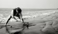 Excavation de l'épave sur la plage Kuakata.png