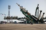Expedition 51 Rollout (NHQ201704170036).jpg