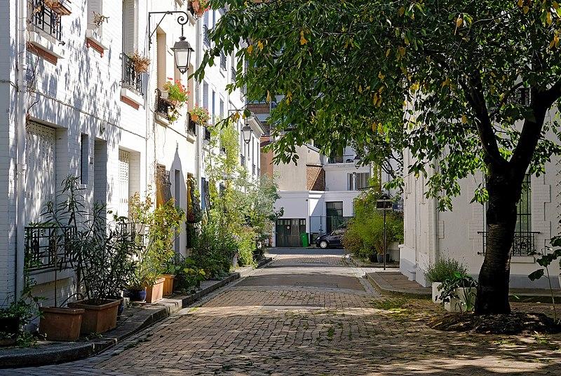 File:F1796 Paris XIII cite florale rue des iris rwk.jpg
