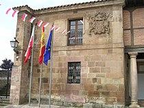 Fachada Ayuntamiento de Cartes.jpg