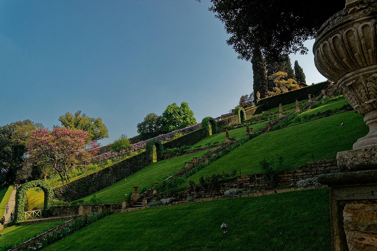 Firenze,  Giardino Bardini, la grande scalinata barocca