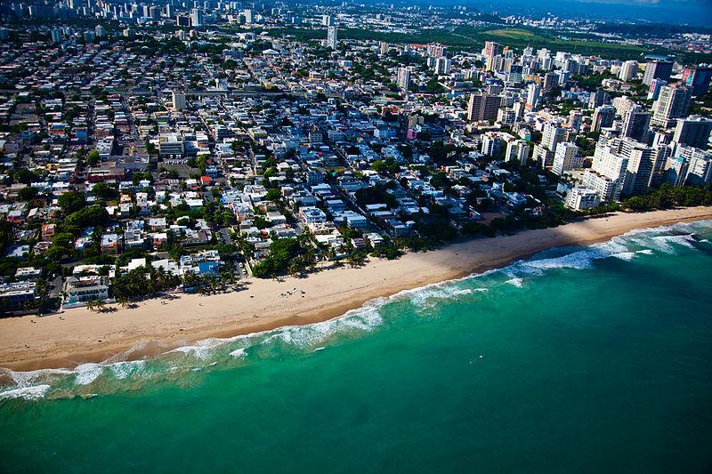 File:Flying into San Juan-Puerto Rico.jpg