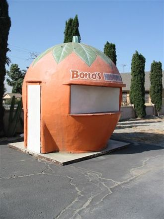 Fontana, California - Bono's Historic Orange on Route 66 is one of the last surviving examples of giant orange-shaped fruit stands which were once common to the region. This stand was built in 1936 and moved to its present location in 1997.