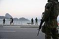 Forças armadas já estão operando nas ruas e avenidas do Rio - 36063445862.jpg