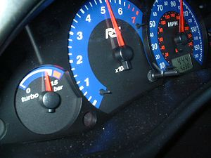 Boost gauge - Boost gauge on a Ford Focus RS (left)
