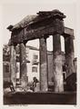 Fotografi av port till den romerska agoran i Aten - Hallwylska museet - 103054.tif