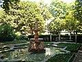Fountain in frankfurt park.jpg