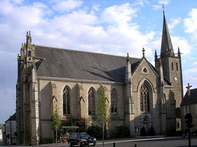 Bourgon (Pays de la Loire, France). L'église Saint-Pierre.