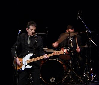 Frank Allen (bassist) - Allen performing with The Searchers in 2015