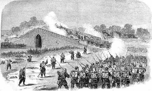 八里橋へ侵攻するフランス軍