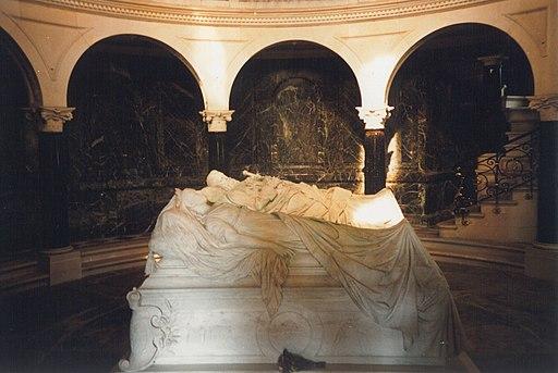 Frkirche-mausoleum