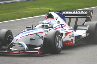 A1 Team Great Britain - Robbie Kerr negotiates Pilgrim's Drop at Brands Hatch during the 2005-06 curtain raiser.