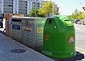 Gandia, contenidors per al reciclatge.JPG