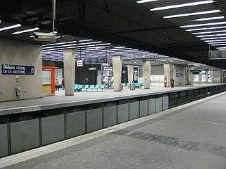 La Défense station - Image: Gare RATP La Défense
