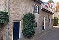 Gasthuispoort 1 Molenstraat 21 Den Bosch schuin zijkant.jpg