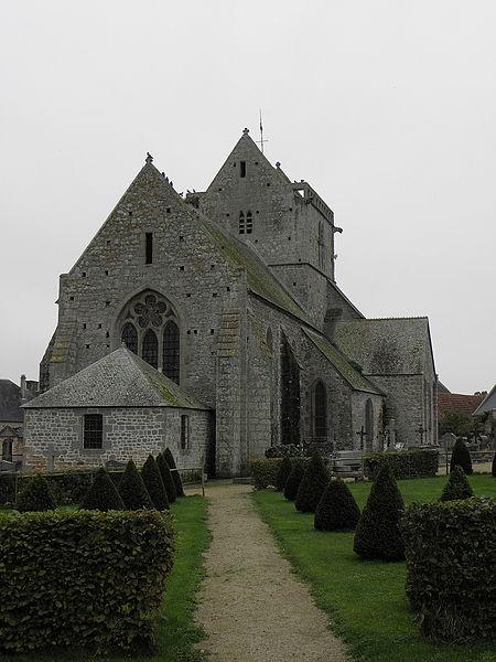 Chevet de l'église Notre-Dame de Genêts (50).