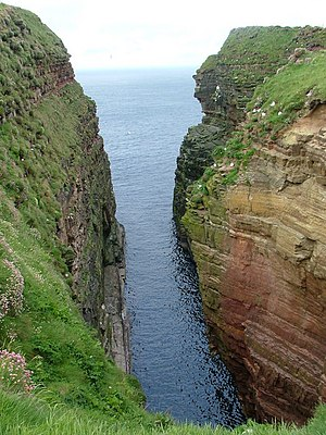 Geo (landform) - Geo of Sclaites at Duncansby Head, Caithness