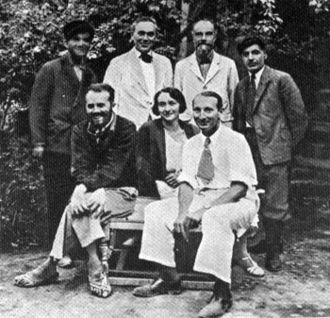Roman Ghirshman - Ghirshman's team in Sialk in 1934: Sitting from R to L: Roman Ghirshman, Tania Ghirshman, and Dr. Contenau.