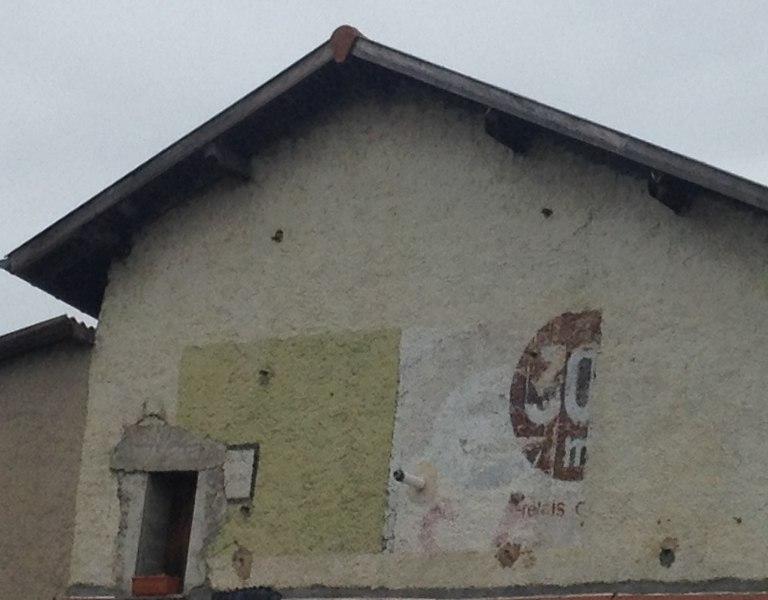 Ghost sign 30 in La Boisse.