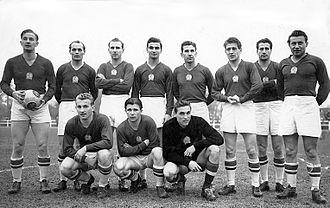 Ferenc Puskás - The Golden Team in 1953 front row: Mihály Lantos, Ferenc Puskás, Gyula Grosics back row: Gyula Lóránt, Jenő Buzánszky, Nándor Hidegkuti, Sándor Kocsis, József Zakariás, Zoltán Czibor, József Bozsik, László Budai