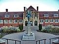 Great Malvern Library - panoramio.jpg