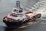 HMS Prince of Wales LB04 Move (20447369088).jpg