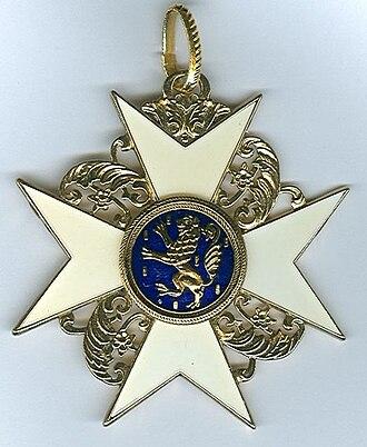 Orders, decorations, and medals of the Netherlands - Image: Halskruis van de Orde van de Gouden Leeuw van Nassau