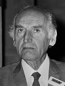 Harold Blackham (1974).jpg