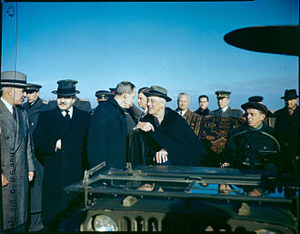 Harry Hopkins - Harry Hopkins talks with President Franklin Delano Roosevelt at Saki before setting out to Yalta.