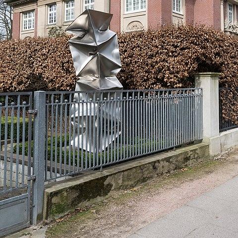 File:Heimhuder Straße 73 (Hamburg-Rotherbaum).Eisenzaun.29530.Ajb