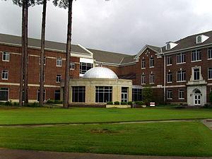 Henderson State University - Donald W. Reynolds Science Center