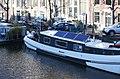 Houseboats, Amsterdam (32682479863).jpg