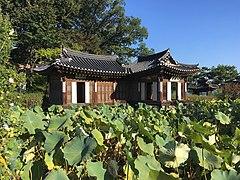 Hwallaejeong pavilion 2.jpg
