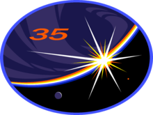 Description de l'image  ISS Expedition 35 Patch.png.