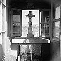 In de omgeving van Jericho. Interieur van het heiligdom ter plaatse van de doopp, Bestanddeelnr 255-5641.jpg