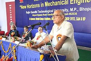 "Inaugurating a seminar ""New Horizons in Mechanical Engineering"" at Rajiv Gandhi Technological University.jpg"