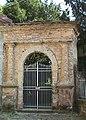 Ingresso nord giardino Villa Zucchini.jpg