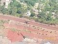 Itabira MG Brasil - Caminhão fora-de-estrada, mineração Vale - panoramio.jpg