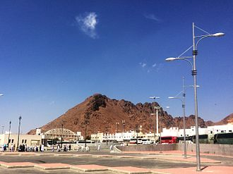 Battle of Uhud - Jabal al Rumah جبل الرماه where archers were placed, but most of them left the place