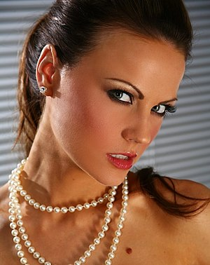 English: English model Jasmine Sinclair.