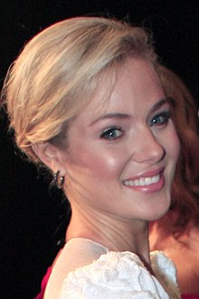 Jessica Marais at 2011 TV Week Logie Awards (1).jpg