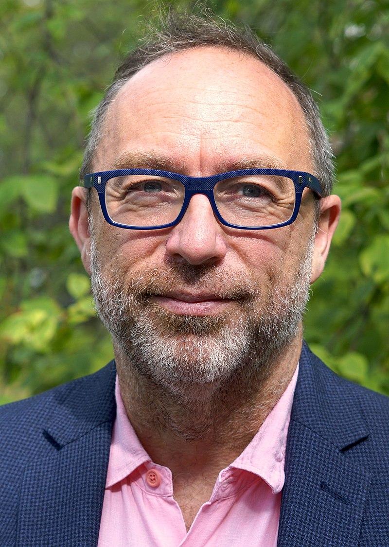 Jimmy Wales - August 2019 (cropped).jpg
