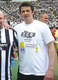 Joey Barton with fan.jpg