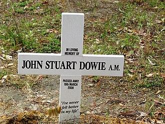 John Dowie (artist) - Image: John Dowie grave marker