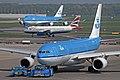 KLM Airbus A330-200 PH-AOF (3471561850).jpg