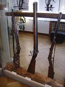 Les origines de la gamme Karl May 220px-Karl_May_Museum_Gewehre